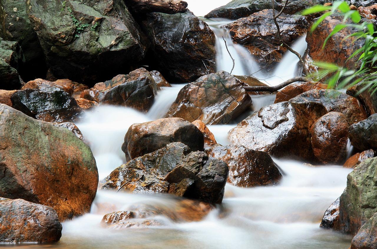 Khlong Non Si waterfall long exposure.