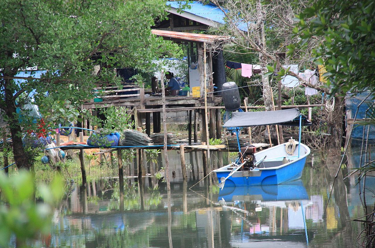 Salakkok village 2