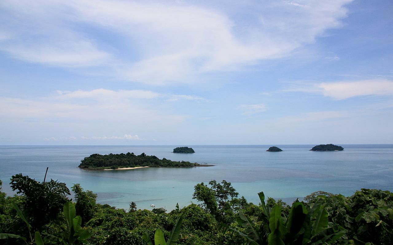 View down to Kai Bae