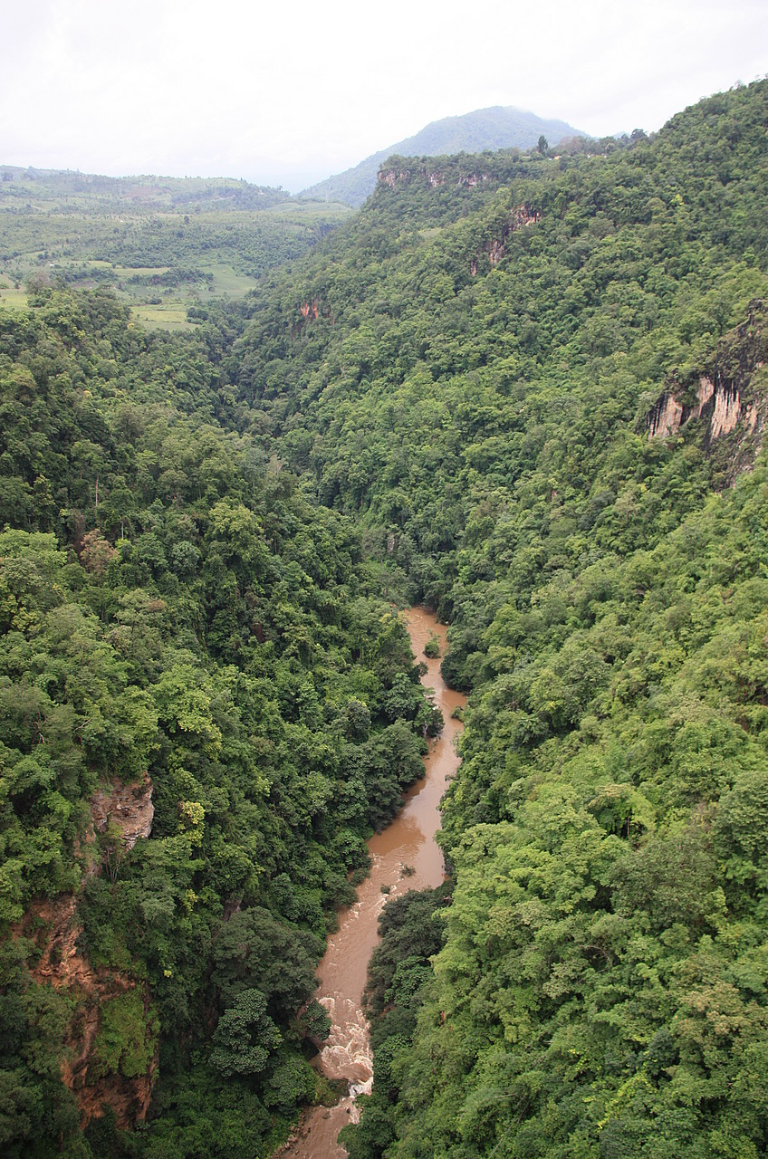 Valley under Gokteik