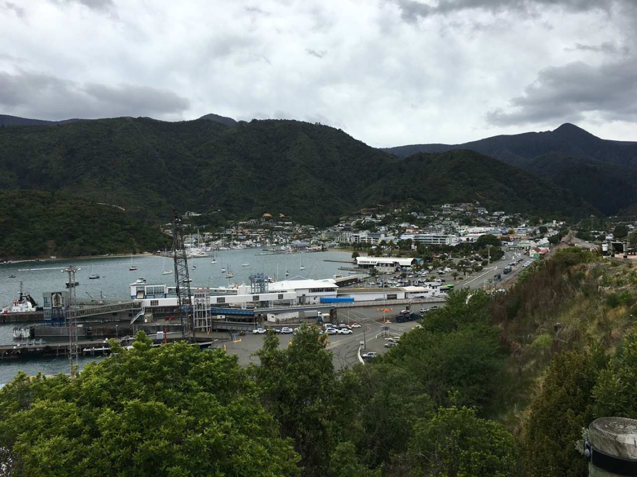 Picton und Mount Piripiri