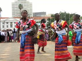 Click for Uganda 7 sec VIDEO