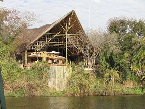 Luxury lodge on the riverbank
