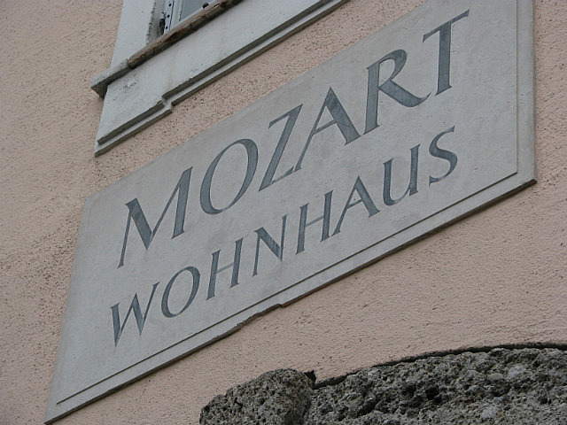 Mozart Living House