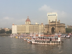 Gateway to India and Taj Hotel