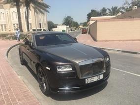 Rolls w/$80K vanity plate