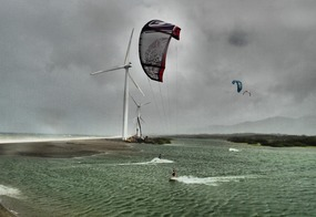 Bangui windmill kiting
