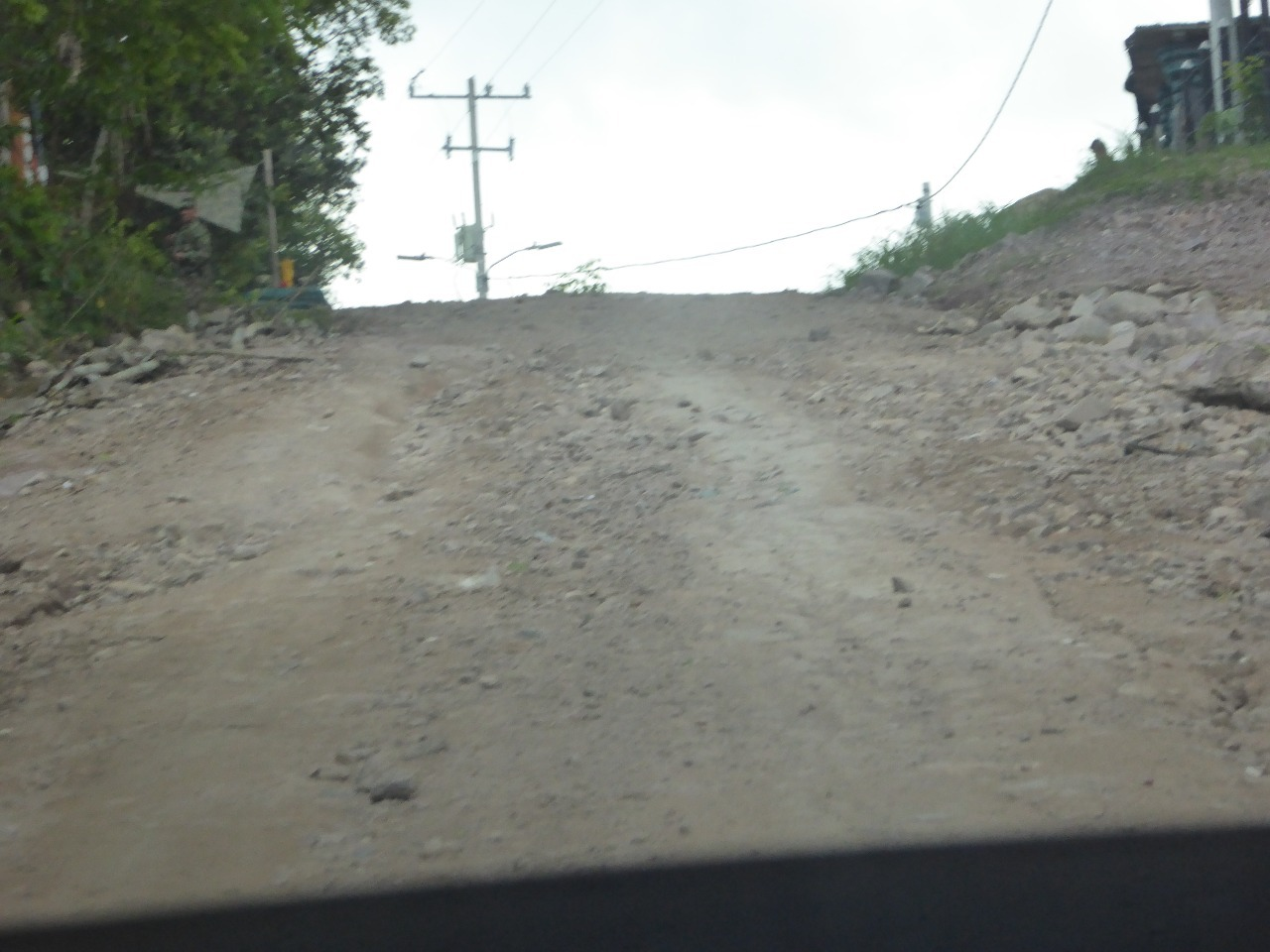 Picture of the road into Santa Rosa