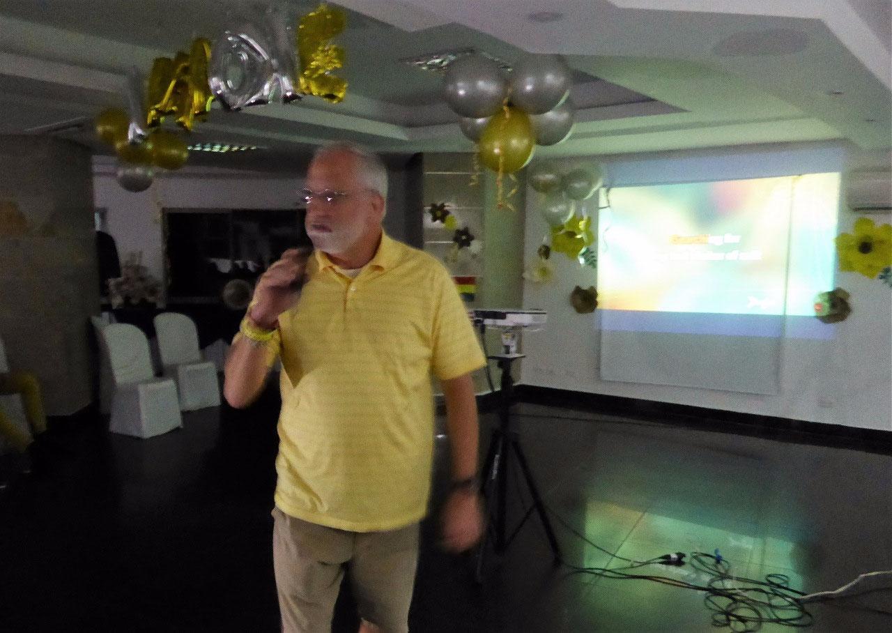 Scott sings