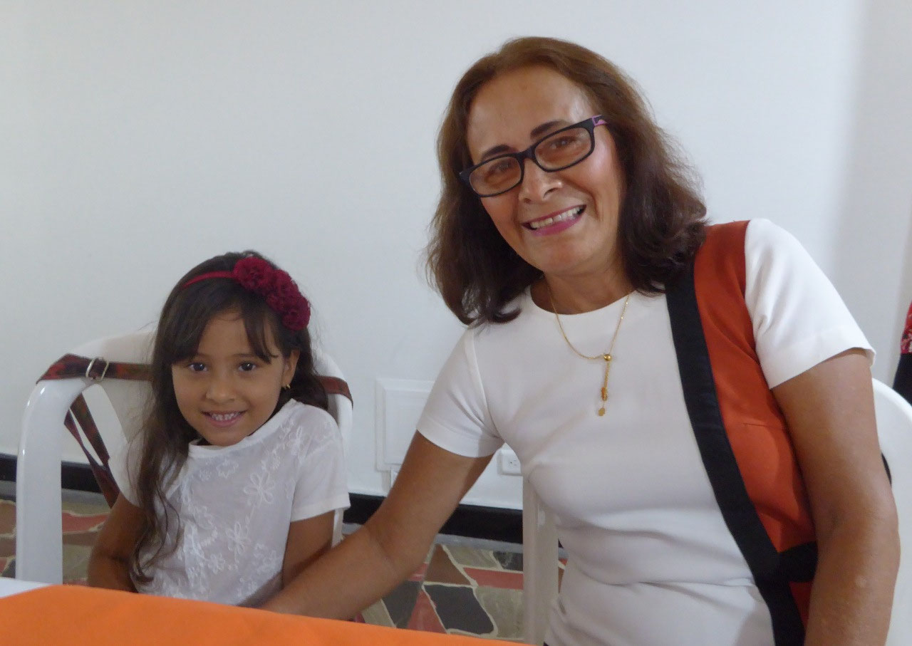 Rosa with granddaughter