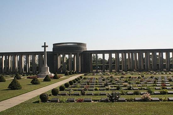Taukkyan WWII cemetery