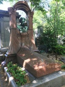 Emile Zola's tomb