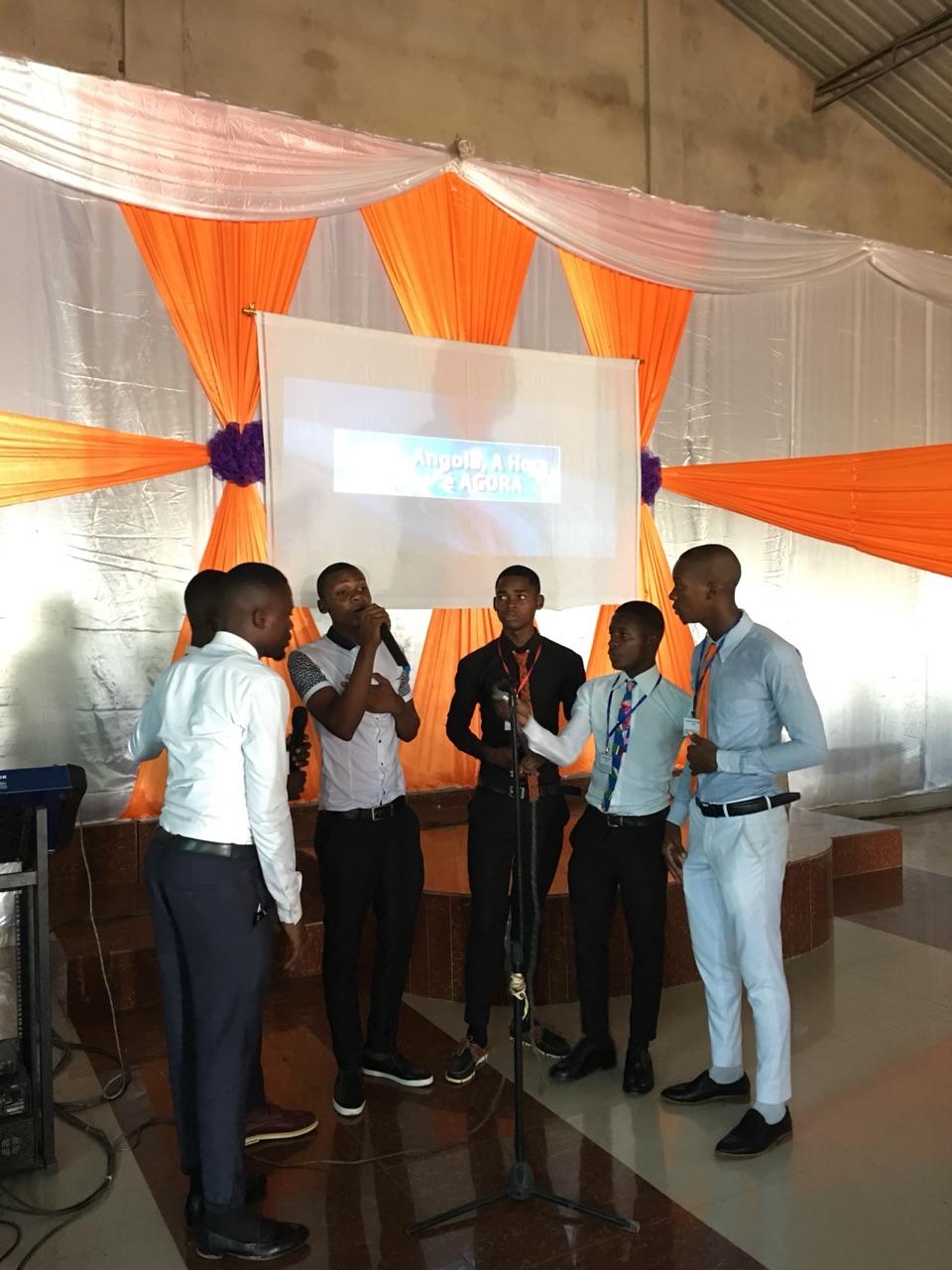 Young people sang before the Seminar