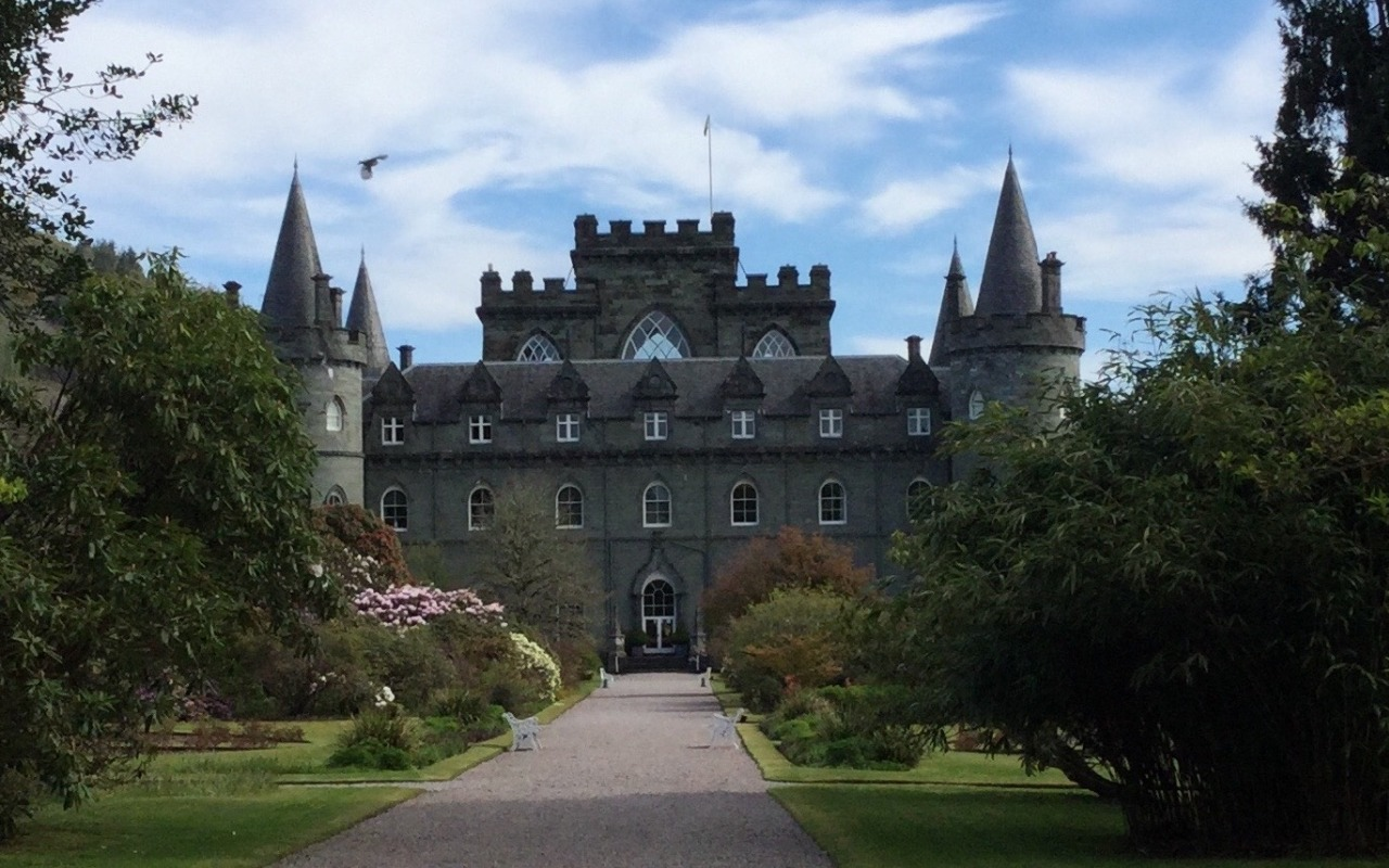 Inverary Castle location used in Downton Abbey