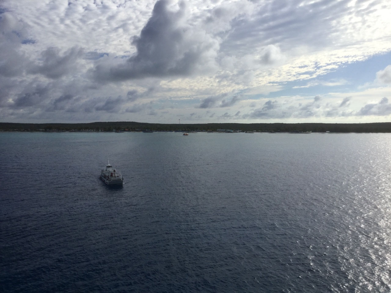 A tender heading to Princess Cays