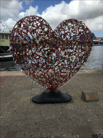 A good solution to the 'Love Locks'
