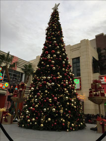 Christmas Tree at the Linq