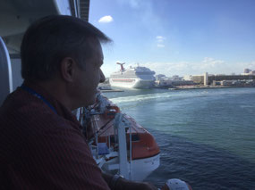 Leaving Lauderdale & the Carnival Conquest behind