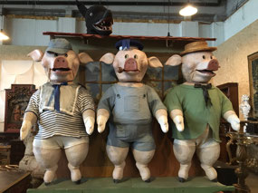 The Three Little Pigs and Big Bad Wolf
