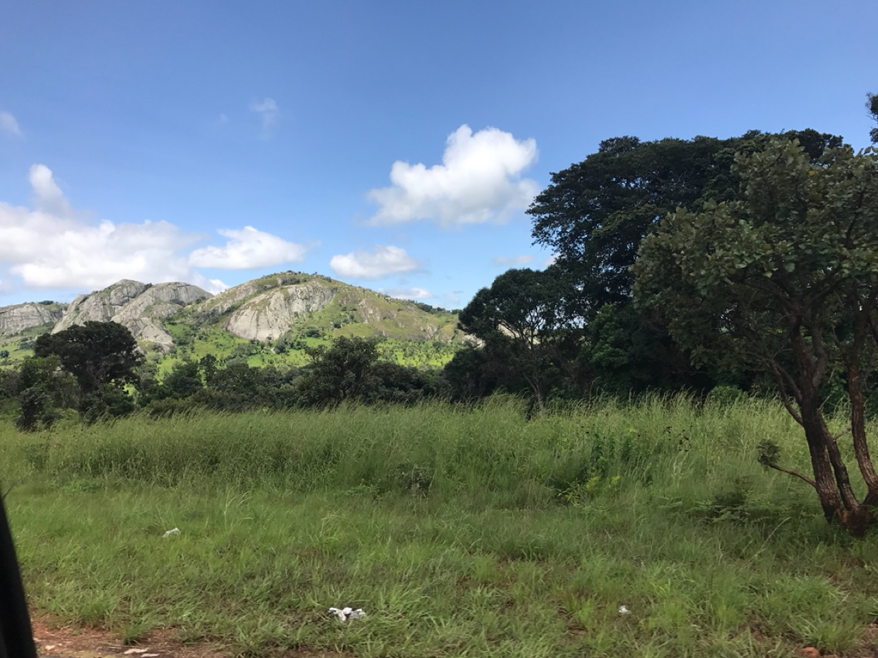 The road to Mzuzu