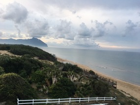 The mountain by the sea
