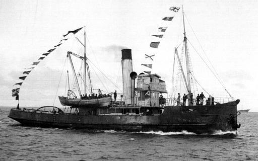 Navy Tug YELCHO - The Final Rescue Ship !