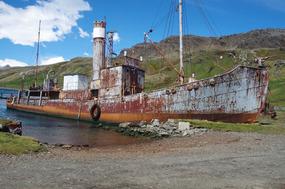 Whaling Ship PETREL