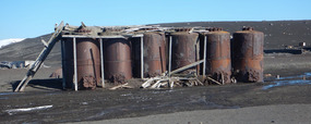 WHALE OIL HOLDING TANKS