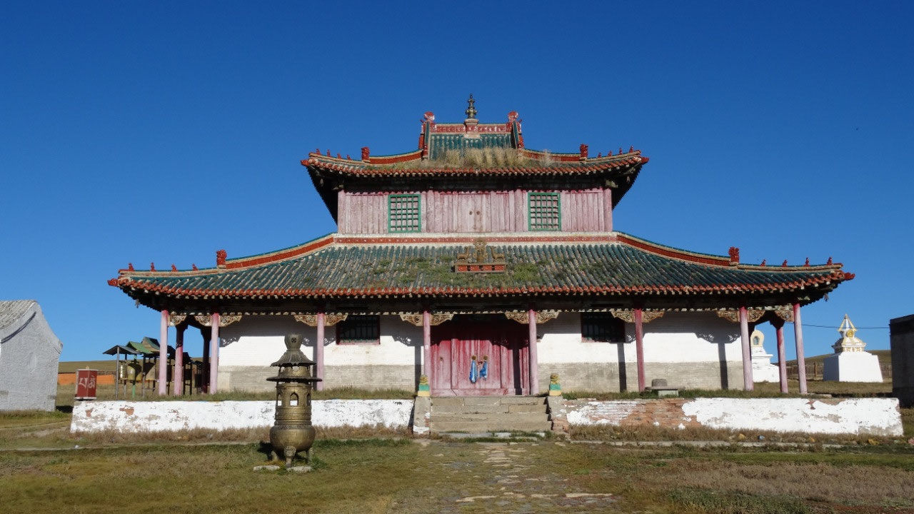Main temple at Shankh Monastery