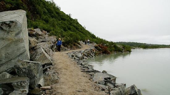 Mendenhall - Nugget Falls Trail