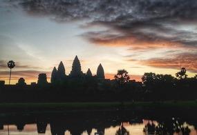 Le famous Angkor Wat sunrise