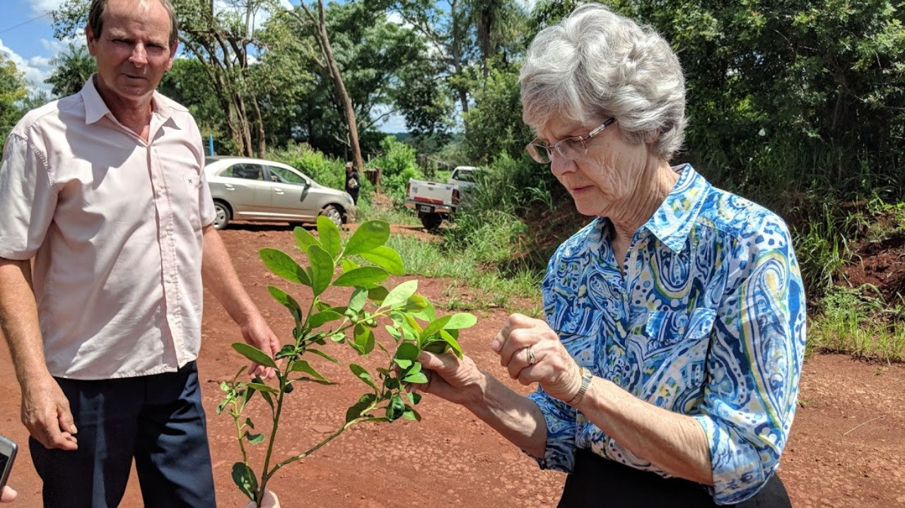 Bev with Mate leaves