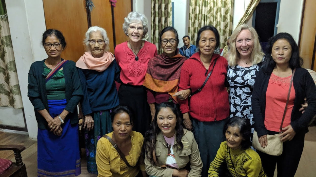 Visiting with the Mualkhang ladies