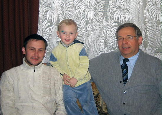 From left to right: Victor, Victor and Victor