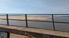 Crossing the White River from Boa Vista