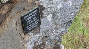 Jean DeMont's memorial